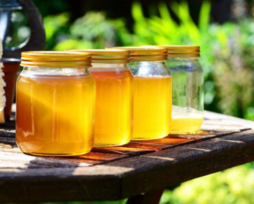 grading systems of manuka honey umf vs mgo vs kfactor