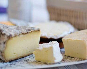 The Difference Between Pecorino and Parmesan Cheese